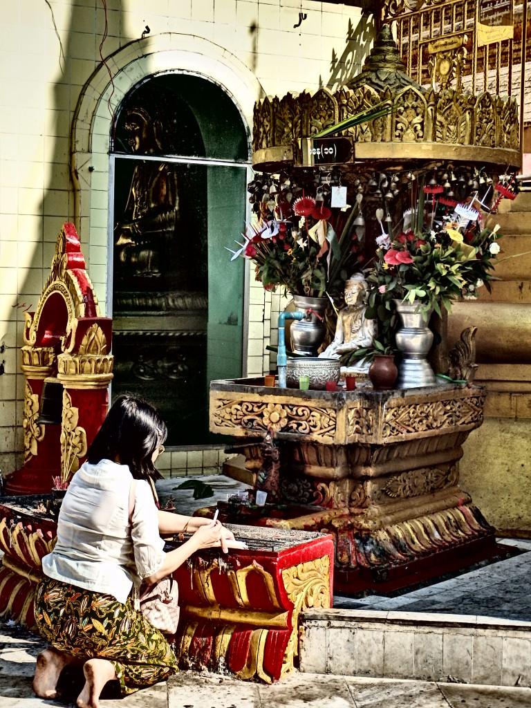 what to see in Yangon myanmar travel blog