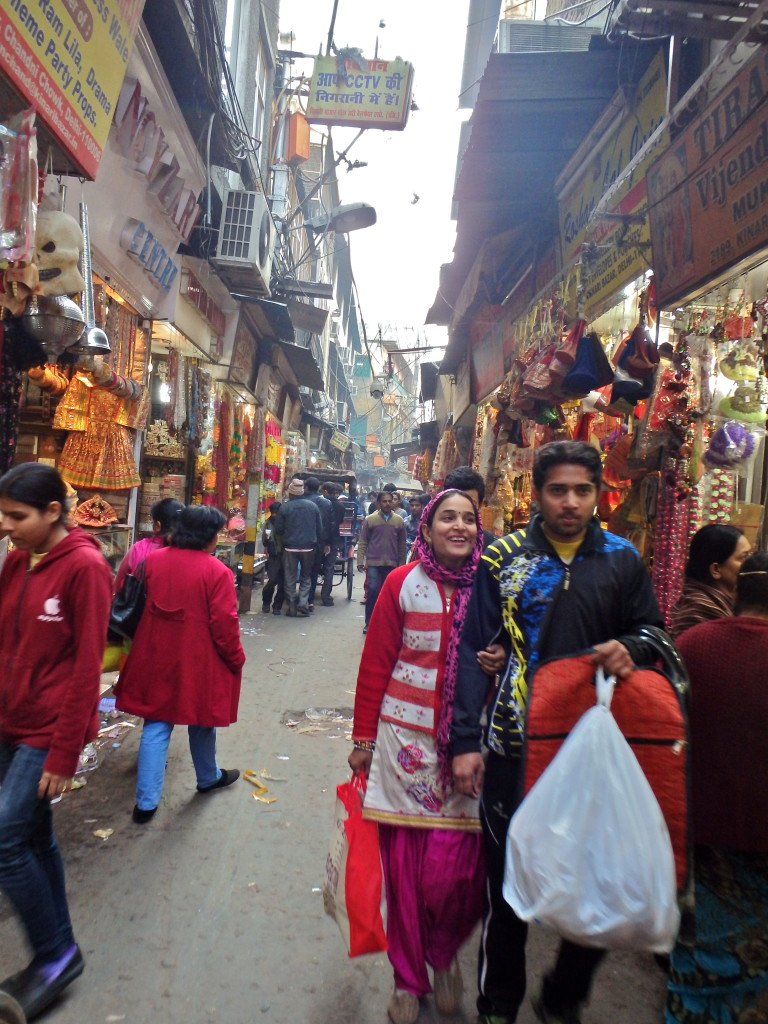 Old Delhi marketplace neighbourhood tour areas of interest in delhi india places to visit in delhi in two days india travel blog