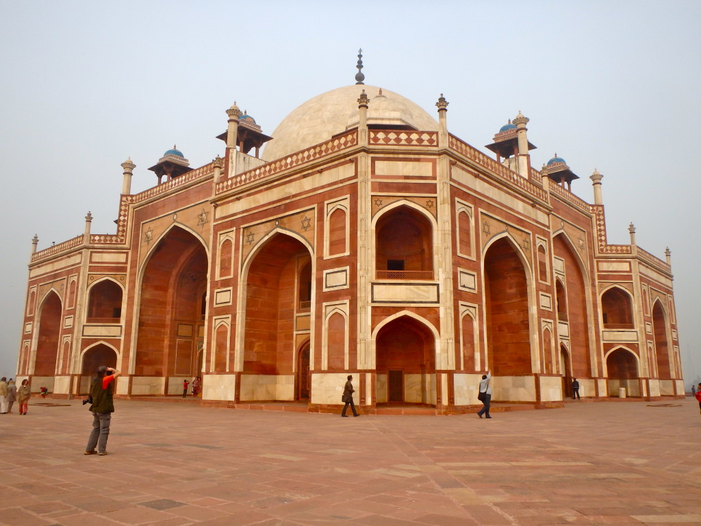Humayamun's Tomb, In Delhi, India places to visit in delhi top monuments in india