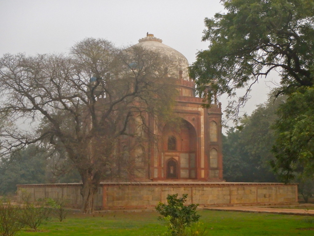 Humayamun's Tomb, Delhi, India where to go in delhi india how safe is delhi for ladies