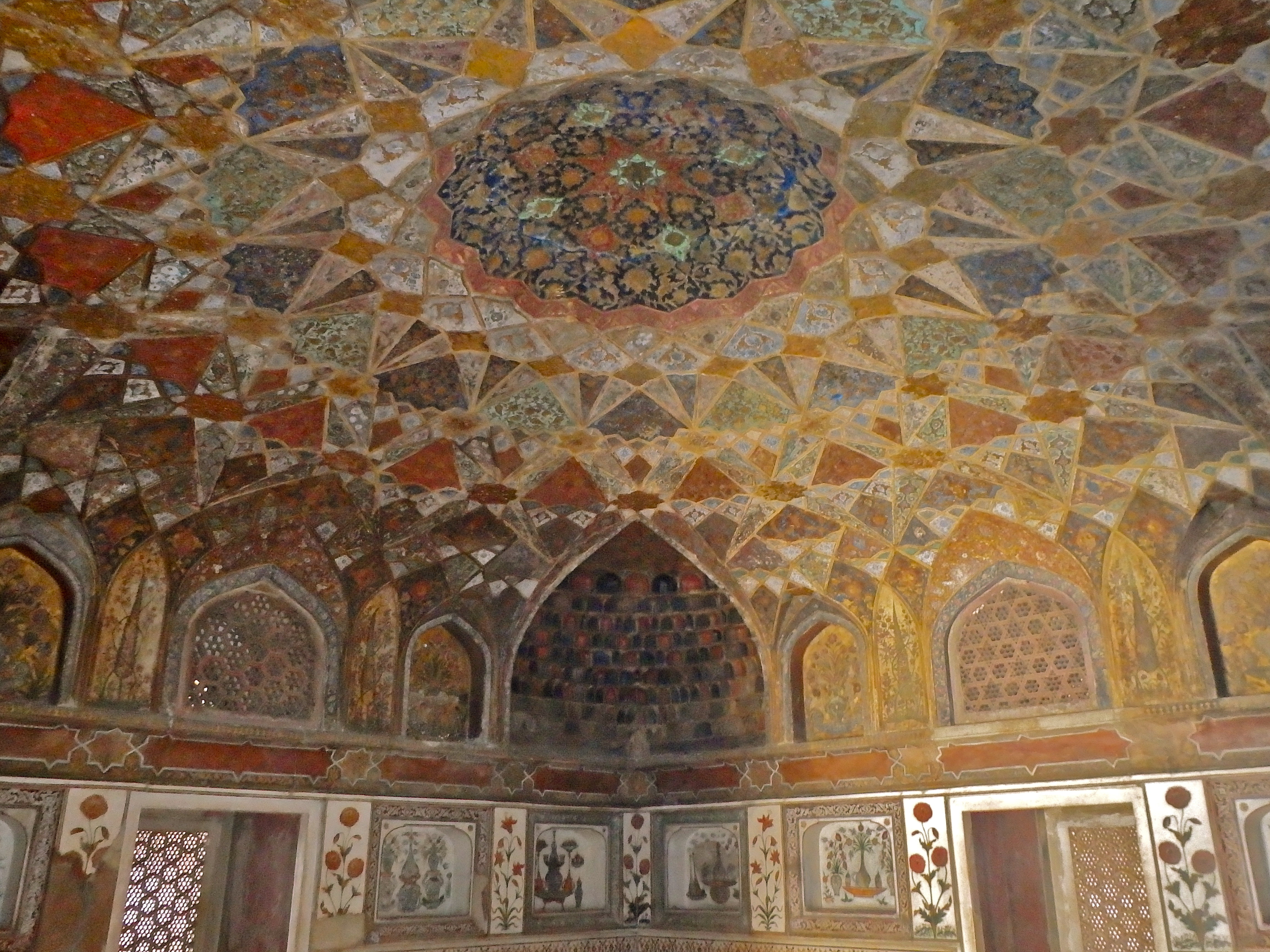 Baby Taj, Agra, India Tomb of I'timad-ud-Daulah interesting places to visit in agra travel guide