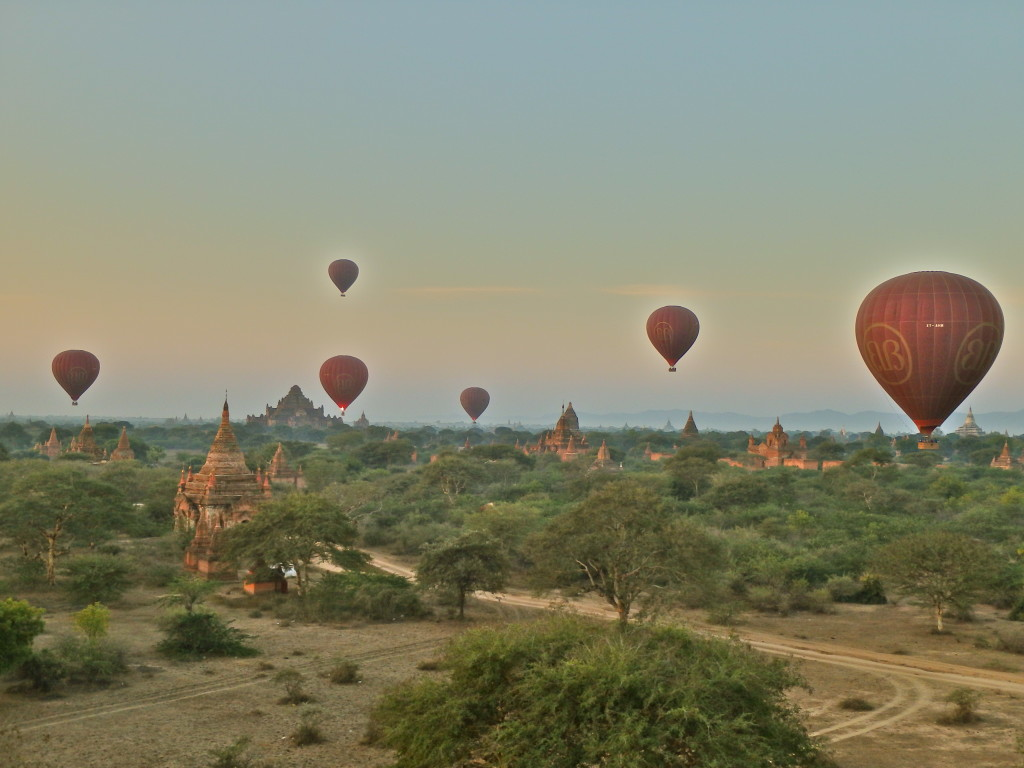 hot air ballon ride Bagan Myanmar travel guide best places to visit in myanmar in summer burma travel blog