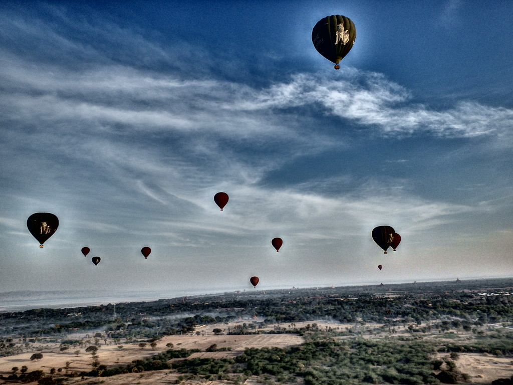 hot air balloon Bagan Myanmar where to visit in burma where to do in myanmar in winter