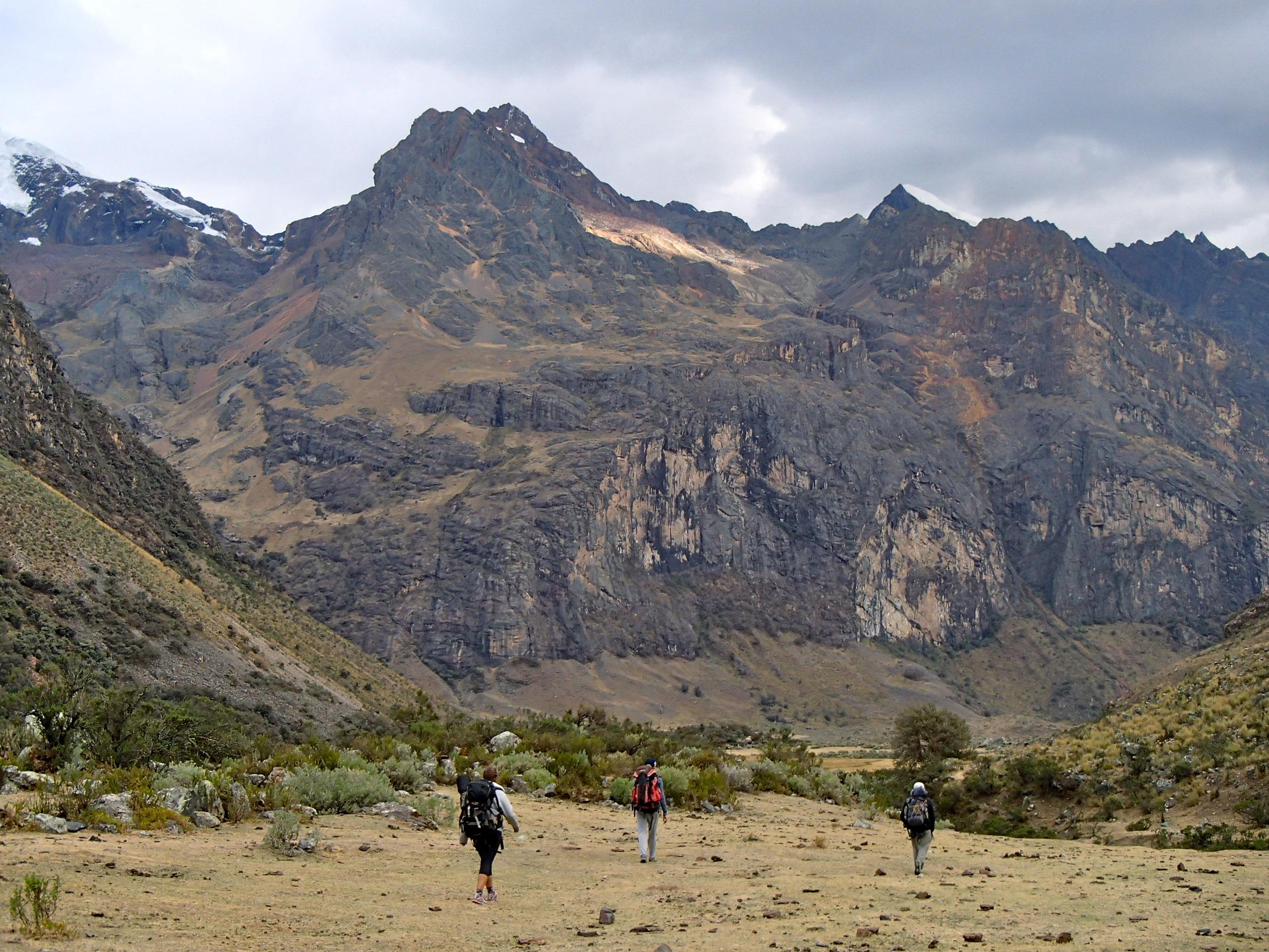 Hiking into the Qhilcayhuanca Valley, Cordillera Blanca