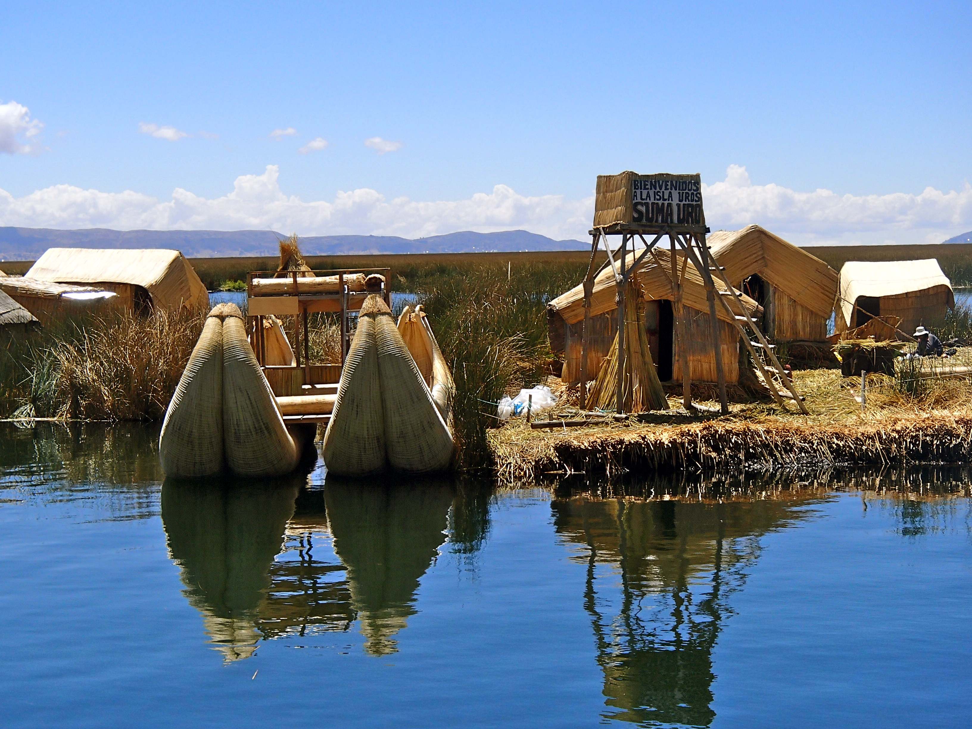 Lake Titicaca Floating Islands islas uros peru cultural sites