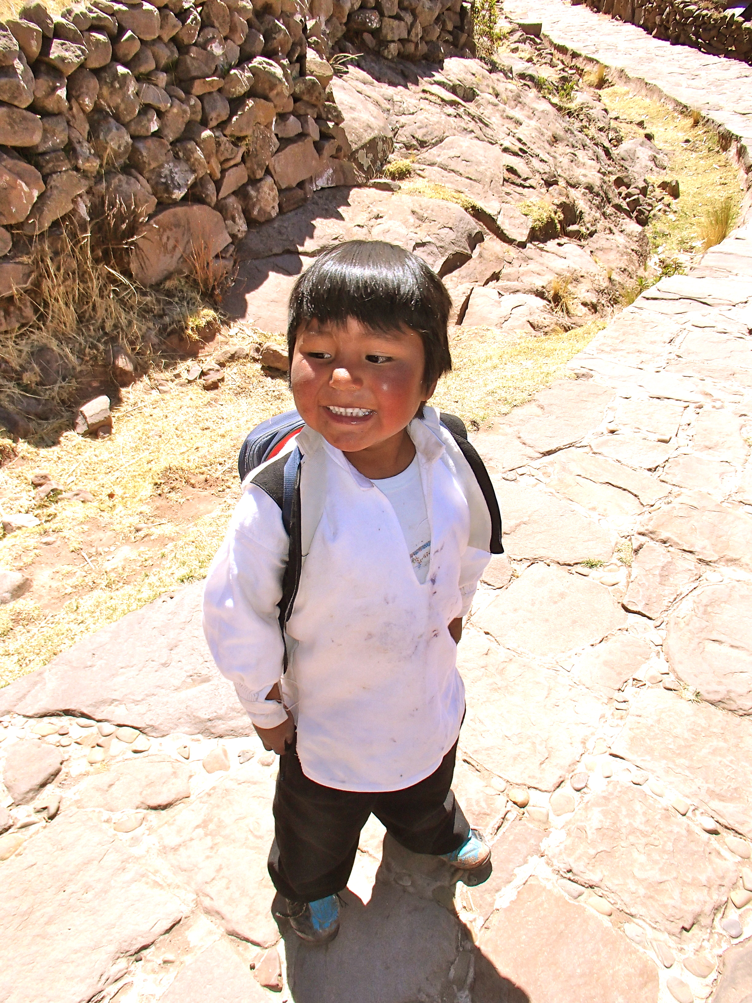 people of Isla Taquile, Lake Titicaca, Peru travel blog, peru photo gallery