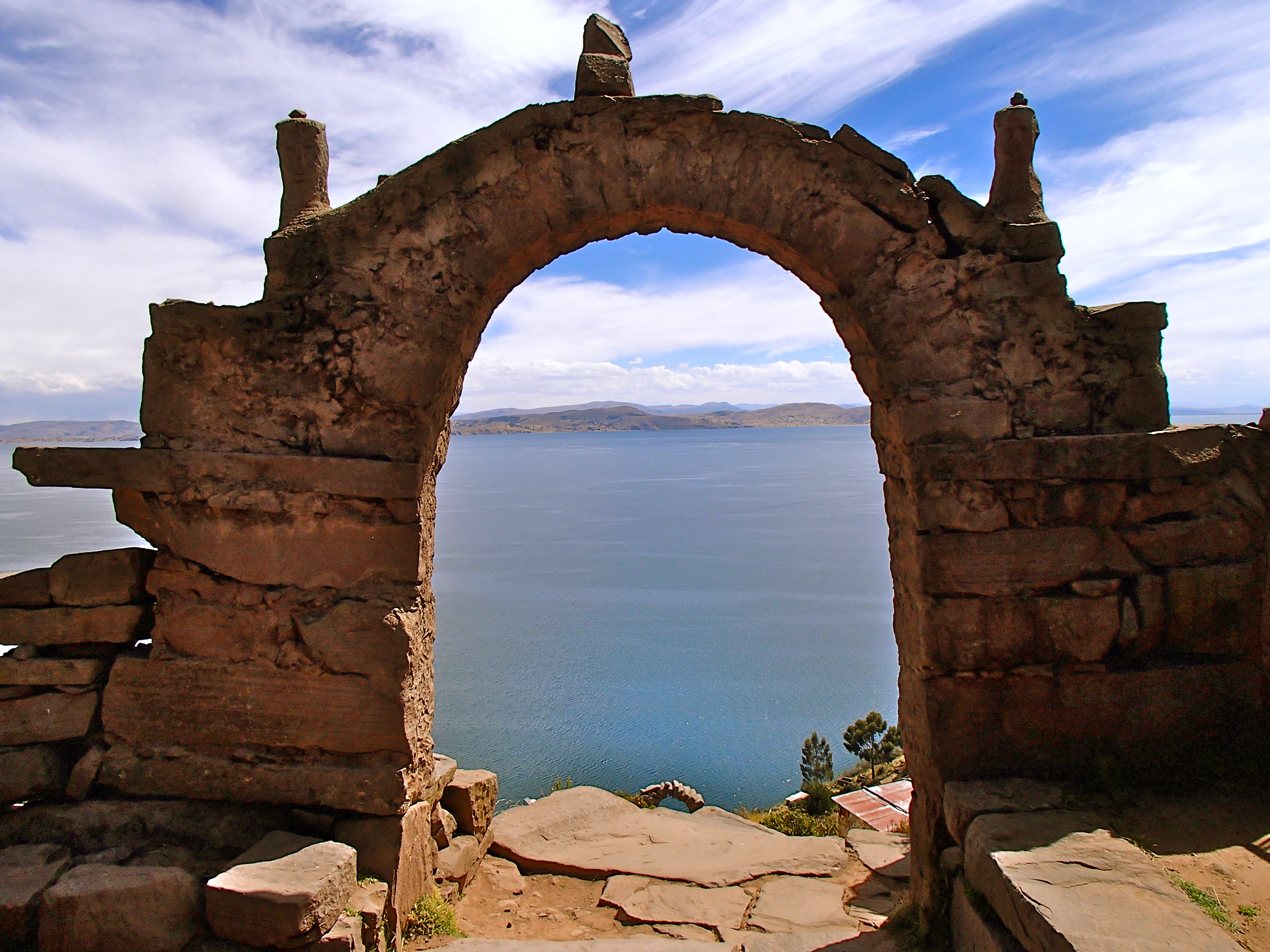 isla taquile in lake titicaca peru things to do in peru