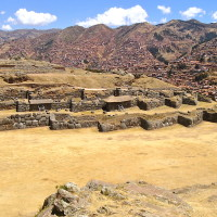 Tour Cusco: A Day Trip to Ollantaytambo Ruins and an Evening at the Pisco Museum