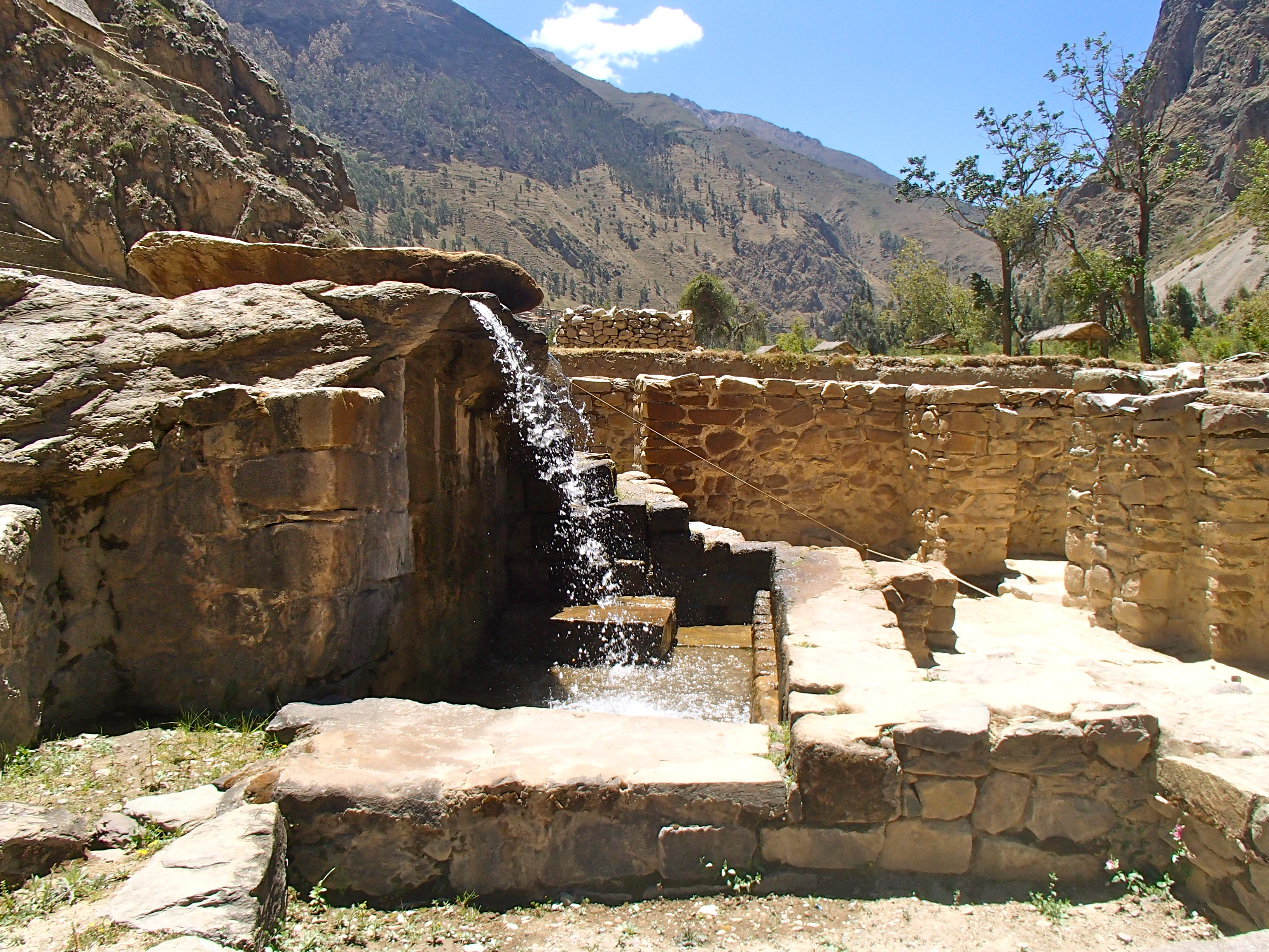 best anciet ruin sites in peru ollantaytambo ancient site day tour