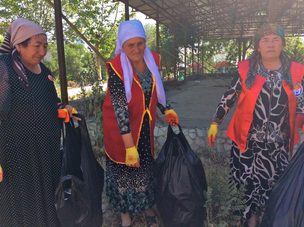 Kyrgyz women Kyrgyztan culture Kyrgyzstan women