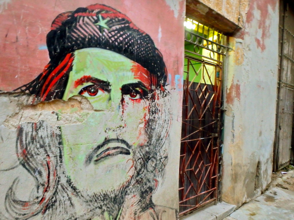 Che guevara street art in Havana Cuba places to photograph cuba art cuba travel blog for solo women travellers