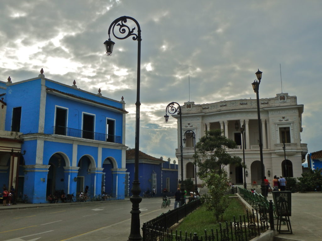 Sancti Spiritus Parque Serafin Sanchez town square what to do in cuba points of interest in cuba