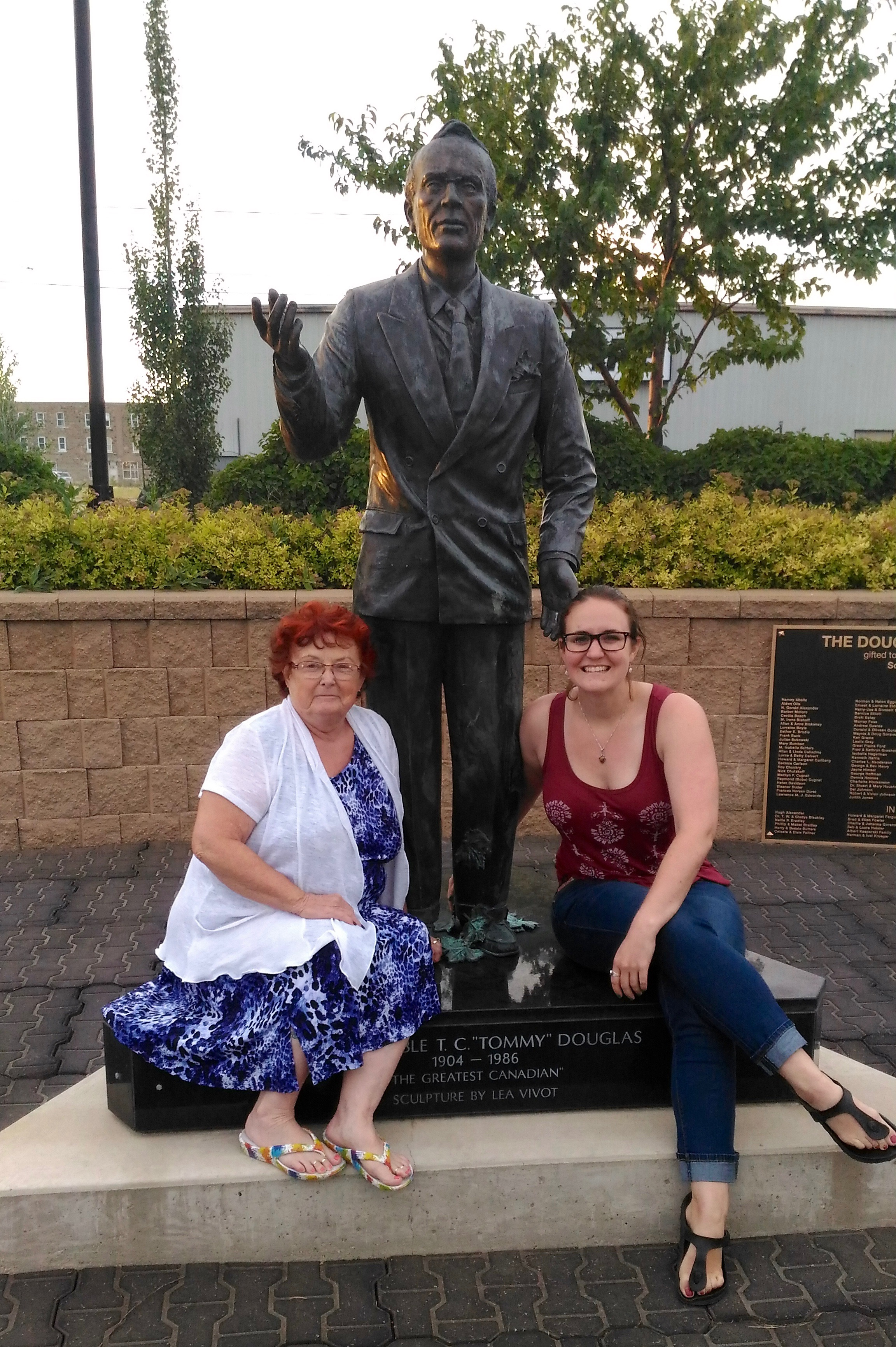 Things to do in Regina Saskatchewan places to visit in Weyburn tommy douglas statue in weyburn saskatchewan