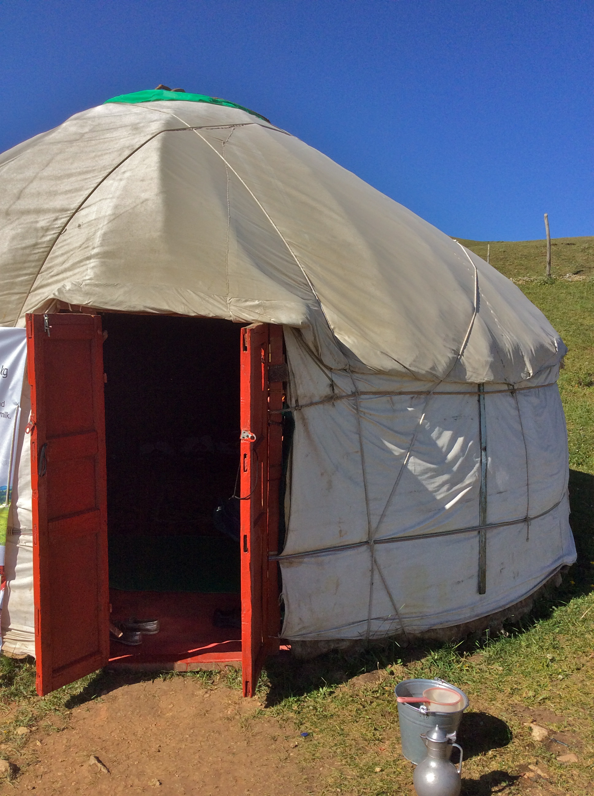 stay in yurt, Kyrgyzstan, Peak Lenin