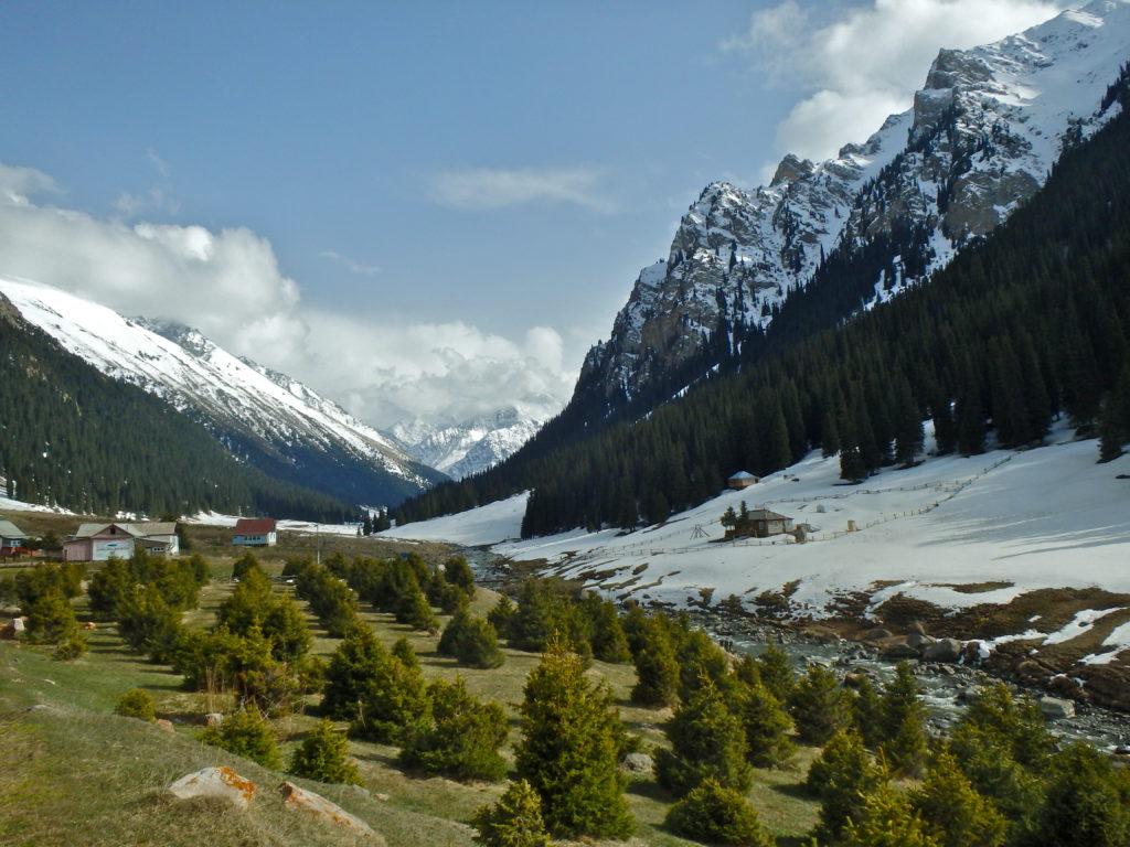 hiking in Karakol Kyrgyzstan