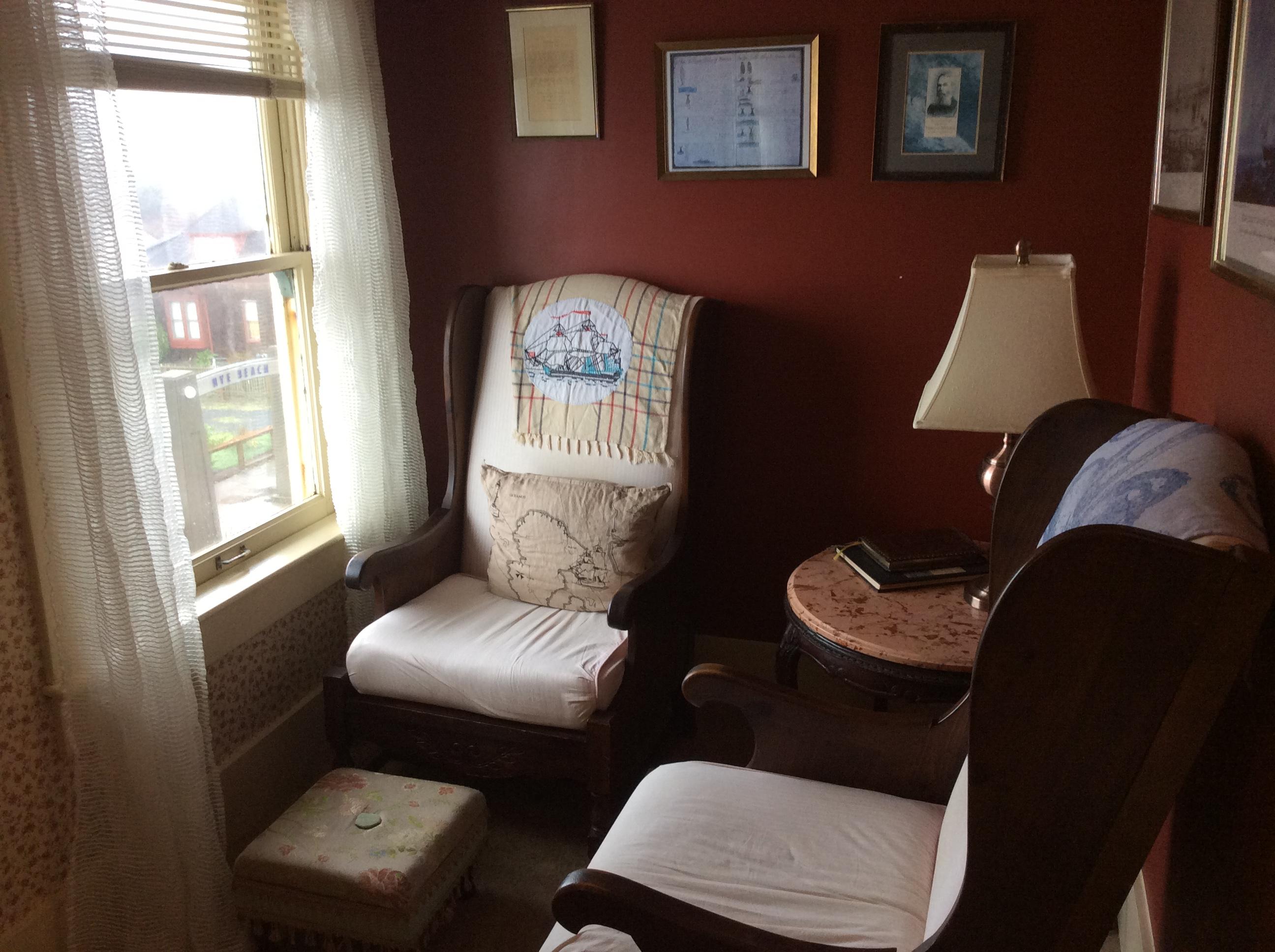 melville room sylvia beach literary hotel