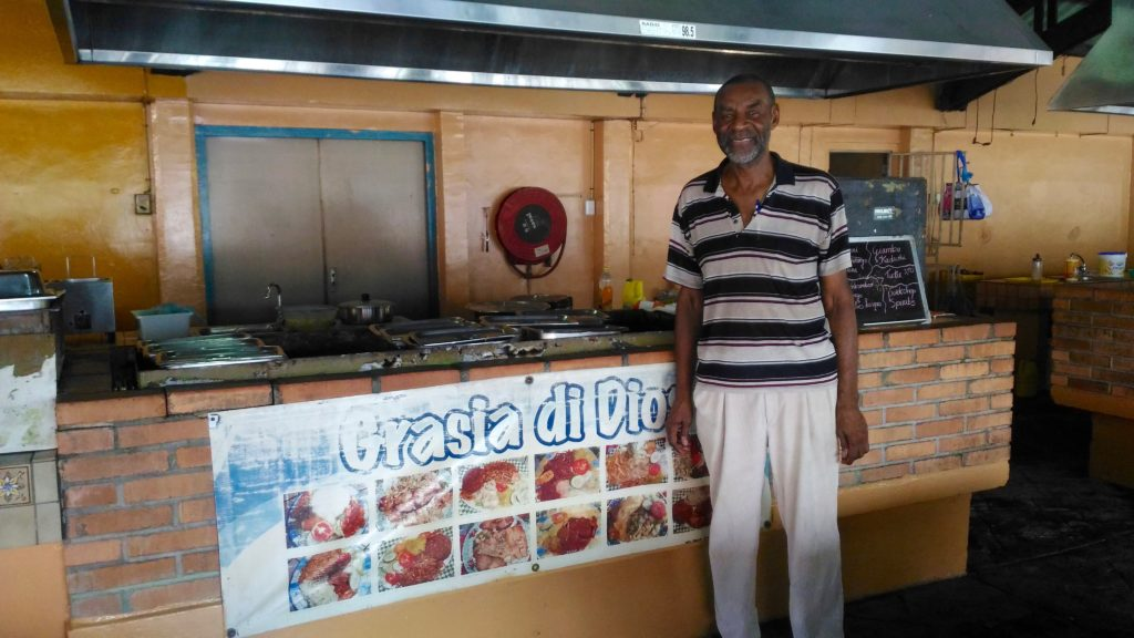 where to eat iguana soup in curacao points of intrest in willemstad for tourists travel blog for curacao