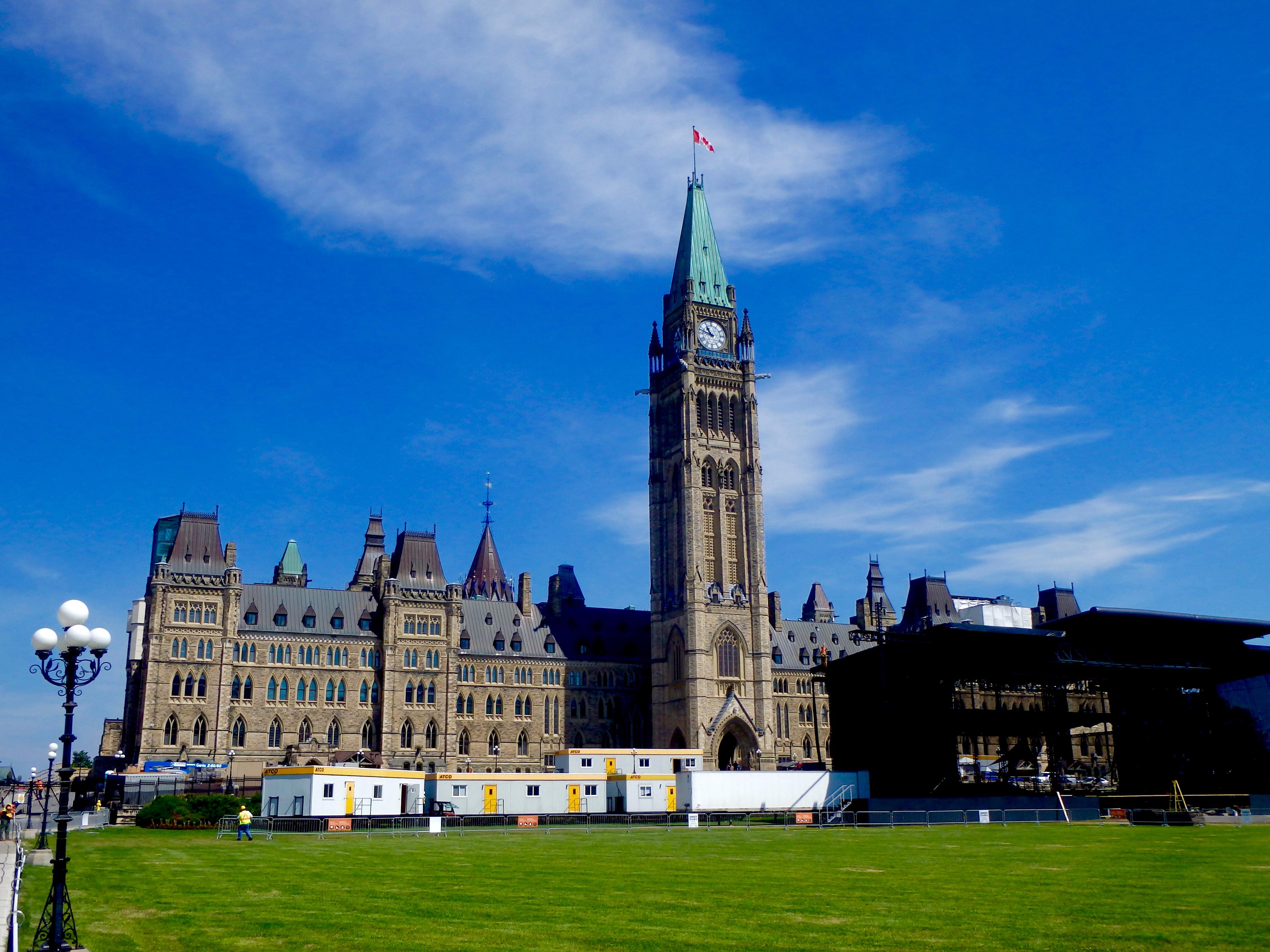 parliament hill ottawa canada free tours in ottawa