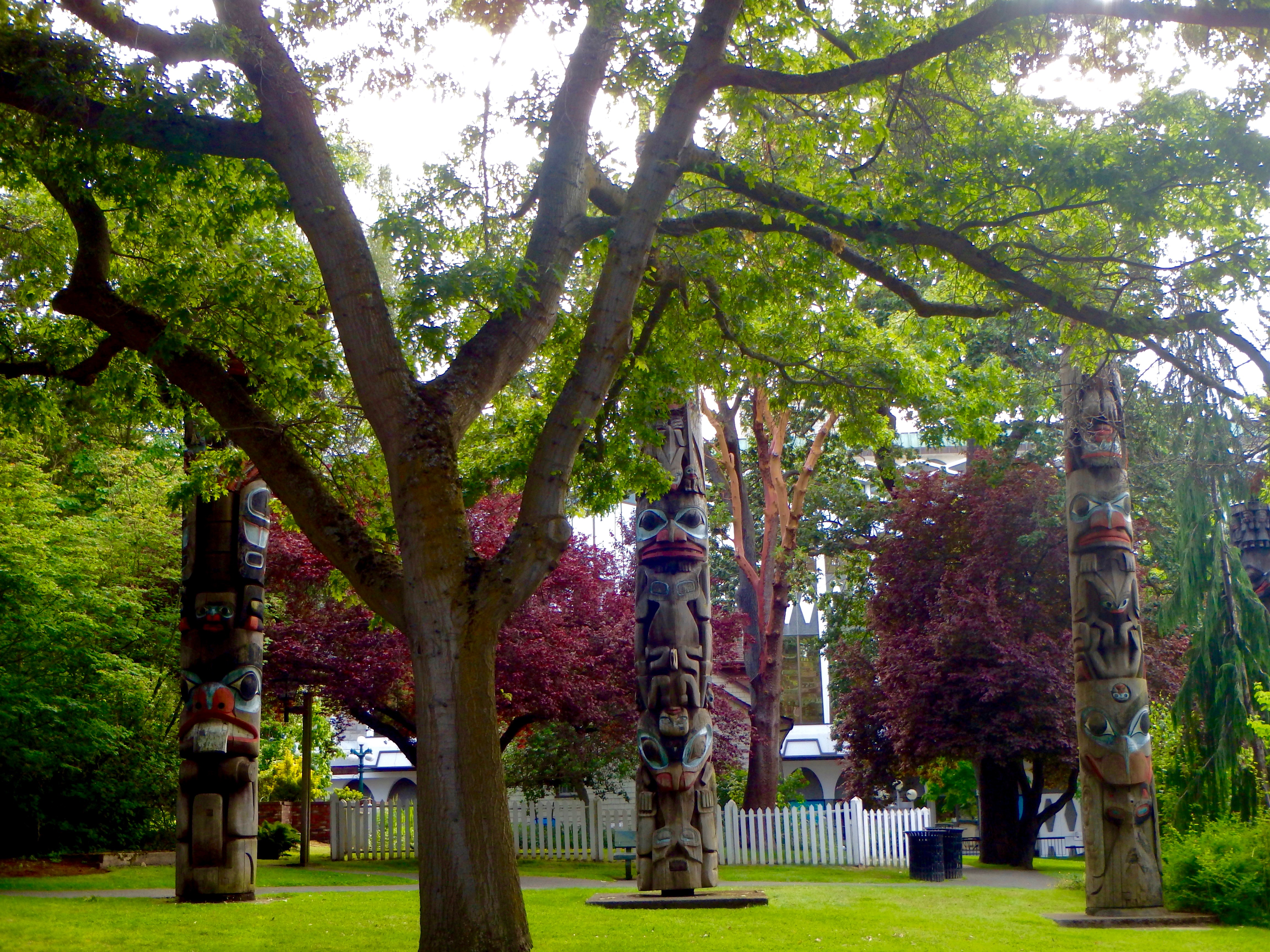best places to see Aboriginal totems in bc where to see native american totem poles