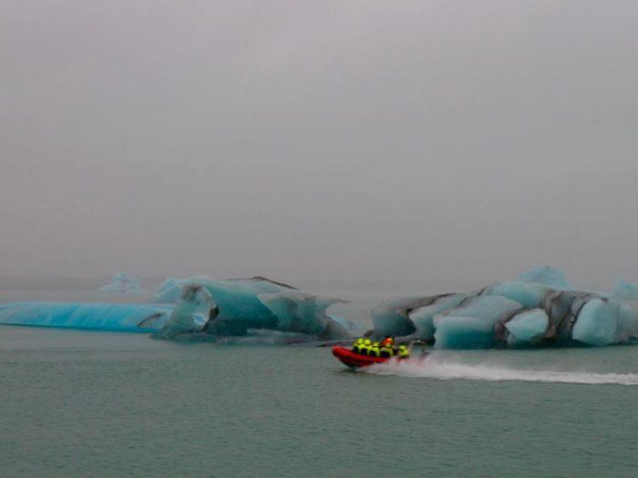 jokulsarlon glacier beach southeast iceland